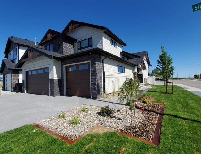 Custom Home Lethbridge (2)
